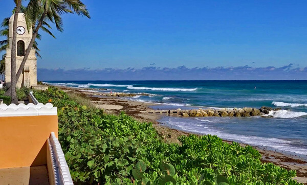 Midtown Beach, Palm Beach. Photo, R. Michael Brown